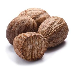 אגוז מוסקט שלם